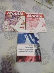 Título do anúncio: VENDO KIT OU UNIDADE - MÉTHODE DE FRANÇAIS e CAHIER/DICIONÁRIO FRANCÊS PORTUGUÊS
