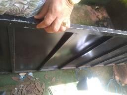 Proteção ponto comercial ou placa de metal