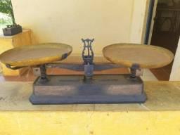 Balança Antiga 2 pratos - 30kg