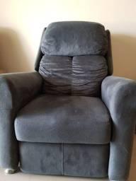 Vende-se poltrona reclinável em tecido sued