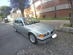 BMW 325 IA Regino