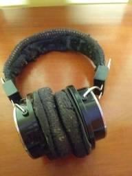 Headphones usado