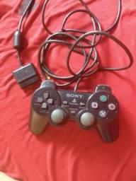 Vendo controle original PlayStation 2 valor: 40,00.