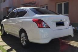 Vende-se Nissan Versa SL completo