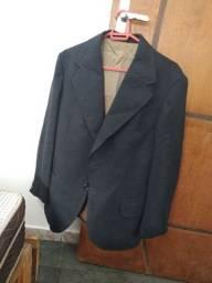 Casacos e blazers praticamente sem uso