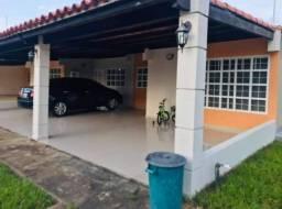 Casa em venda excelente localização