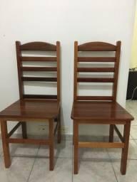 Cadeira de madeira R$60,00