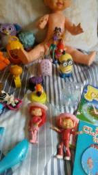 Lote 25 brinquedos mais livros