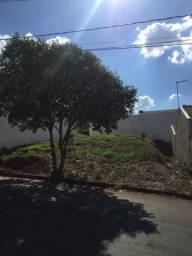 Terreno em Mandaguaçu quitado bairro nova aliança carro até 30.000 como parte de pagamento