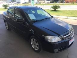 Astra Sedan Advantage 2.0 - 2009