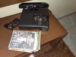 XBOX 360 Completo com vários jogos