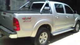 Vende-se. Hilux SRV 2011 - 2011