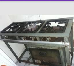Fogão industrial 3 bocas com forno