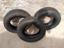 3 pneus aro 14, 100 reais cada unidade.