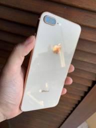 Iphone 8 Plus 64Gb (leve marca na tela) até 12x no cartão