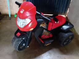 Vendo moto elétrica infantil
