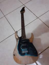 Corpo e  braço  de guitarra kashima