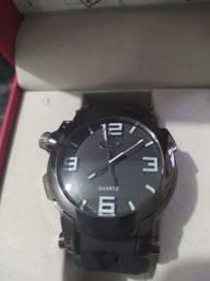 Relógio Oakley prova d'água Gabriel Medina