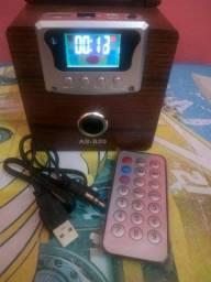 Caixa de som com controle remoto + adaptador de cartão de memória