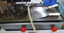 Chapa de lanches Inox semi nova e com utensílios de inox