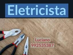 Eletricista residencial e industrial, encanador e técnico de redes de Internet