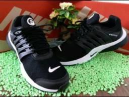 Tênis Nike Presto Novo
