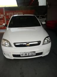 Corsa Sedan Premium 1.4 econoflex R$16.000