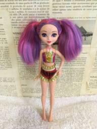 Vendo boneca do filme Barbie e o portal secreto !