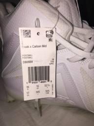 Vendo chuteira de futebol americano Adidas