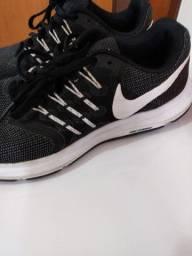 Ténis Nike importado