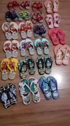 22 pares  de chinelos infantis para lojista ou sacoleiras.