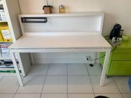 Mesa de escritório com baia tok stok