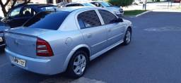 Astra 2004/2005 prata, conservado, revisado e pneus novos