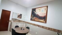Casa a venda com 03 Quartos no Vinhais (TR37564) MKT