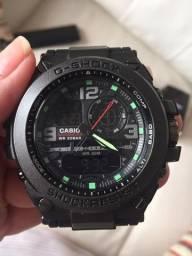 Relógio G Shock na caixa