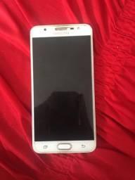 Troco meu celular j7 Prime Dourado 32Gb por um celular Moto G7 64GB dou volta em espécie
