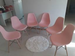 Vendo lindas cadeiras novas