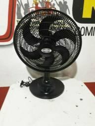 Diretamente da loja ventilador novo grande tem garantia