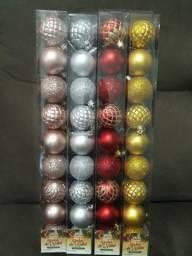 4 tubos de Bolas de natal n.5 com 9 pçs cada por R$ 40,00 .