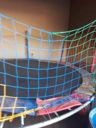 Pula pula e piscina de bolinhas