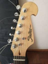 Vendo guitarra 400,00 reais