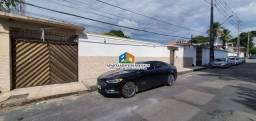Casa 4Q/2S Vieiralves R$ 850 mil Residencial ou Comercial