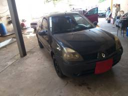 Clio 2005  $6.300