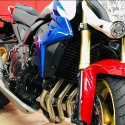 Honda CB 1000 ano 2014