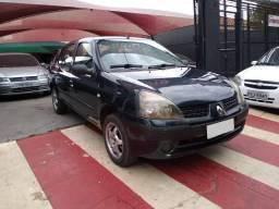 Clio Expression 1.0 Completo Ano 2003 Valor 8,500 Veiculo de Repasse Financia Troca