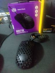 Vendo mouse G502, G302 e MM710, headset Hs60 SURROUND 7.1