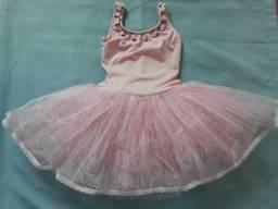R$ 100 vestido temático bailarina