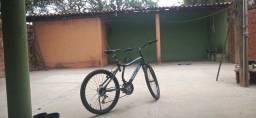 Bicicleta Nova pouco tempo de uso