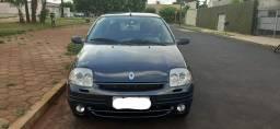 Renaul Clio Sedan 2002 / 2003