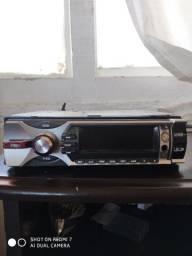 Vendo toca CD de carro com entrada para USB e sd e cd